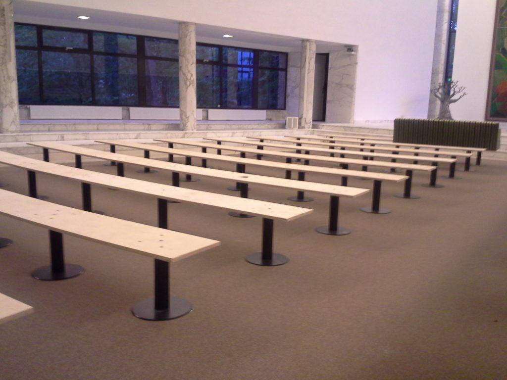 Unterbau der Sitzbänke im Crematorium Westerveld