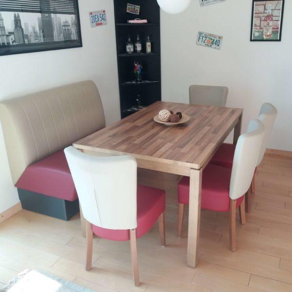 Sitzkombination mit Tisch von Privatkunden