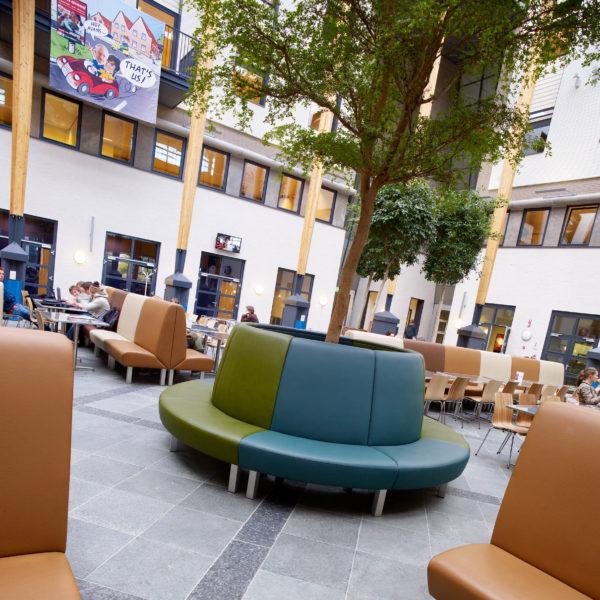 Avans Schule, Breda